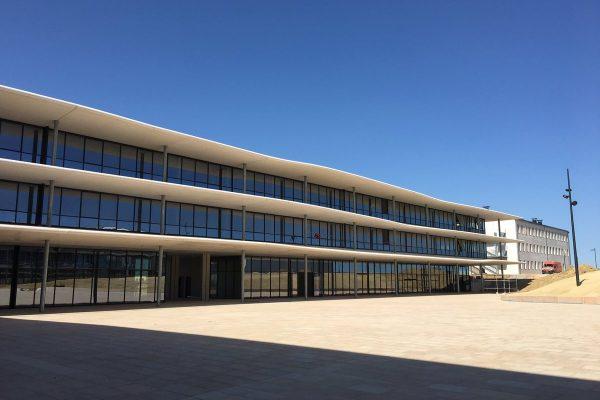 Lycée Ernest Ferroul LÉZIGNAN-CORBIÈRES (11)